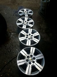 18 inch chev traverse alloy wheels with tpms senso Ajax, L1T 4R5