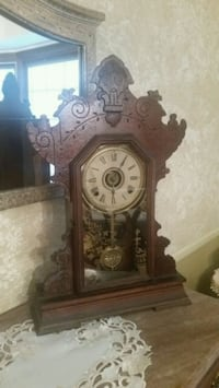 Gingerbread Kitchen Clock