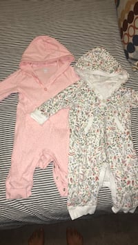 6-12 months baby girl clothes Calgary, T3K 5A2