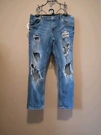 Zara  Ladies Ripped Jeans Size 10. Purchased them with all the holes Cambridge, N1R 6X9
