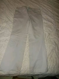 Women's white jeans Kitchener, N2G 4X6
