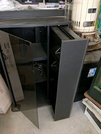 Tv shelf Dearborn Heights, 48127