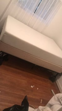 Full mattress and boxspring with adjustable frame and 4 bed riser Arlington, 22205