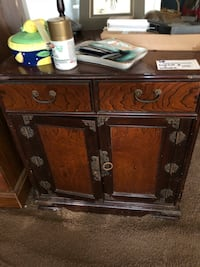 Cabinet and drawers Round Rock, 78665