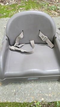 Plastic Graco Booster Seat for Dining