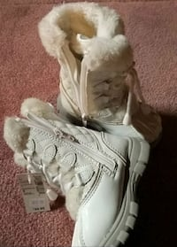 NWT size8 toddler snow boots Markham, L6C