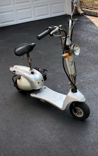 white and black mobility scooter Kearny, 07032