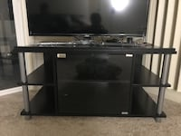 Tv stand Falls Church, 22043