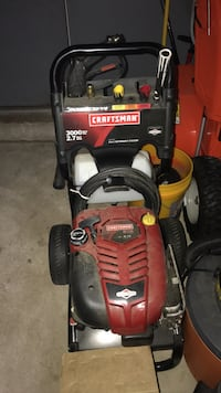 Bradley ran power washer used once when bought  Bristol, 06010