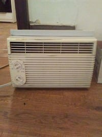 Window a/c unit Huntington, 25705
