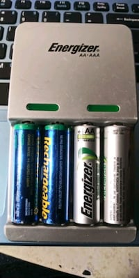 Energizer AA-AAA  Rechargeable charger. Comes with 4 AA battery  Cranston, 02910