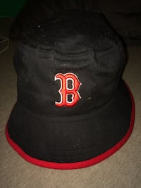 embroidered black and red B bucket hat Edmonton, T5C 2G3