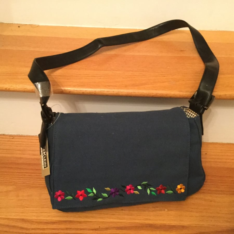 Pocketbook...New with tags