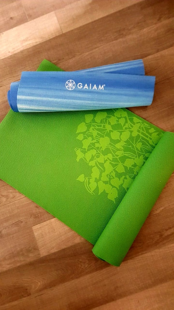 Never used!! SET of Gaiam Yoga Mats.  d9023ab3-ee48-45a2-b590-98eed348f279