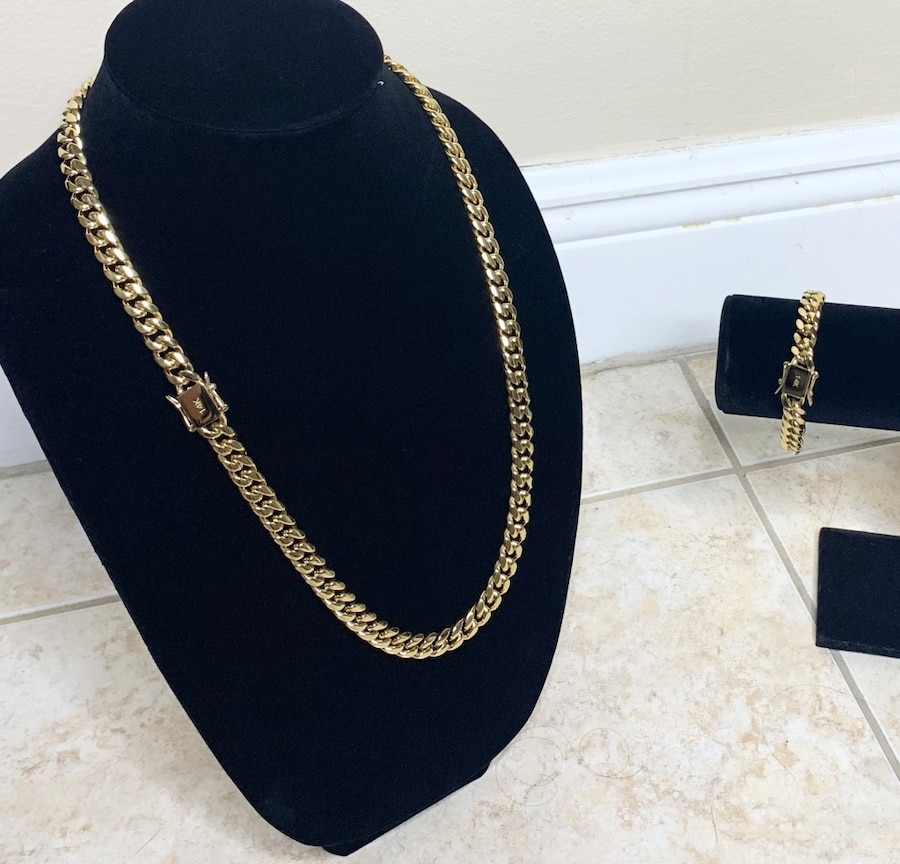 Photo Cuban link 12mm set real gold bonded in stainless steel