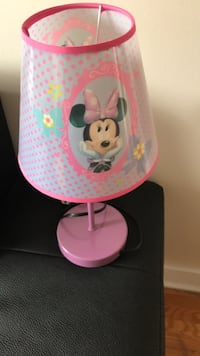 Pink and white minnie mouse themed table lamp