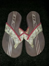 Nike sandals size 7 Oklahoma City, 73108