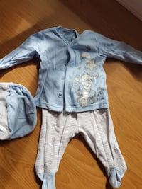 children's blue long sleeve top Burnaby, V3N 3C3