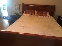 Queen bed and mattress  Laval, H7W 2W7