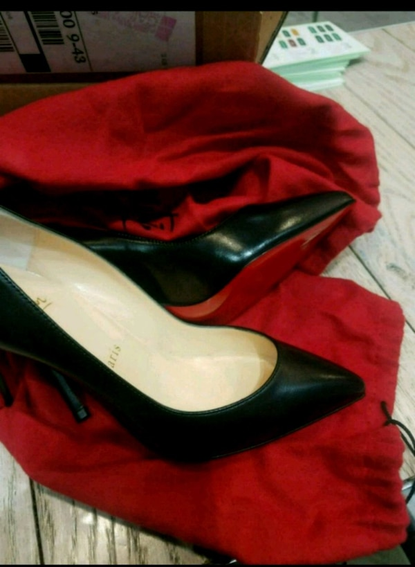 1b74c7310 Used Brand New Classic Louboutin SIZE 5 for sale in Harrison - letgo