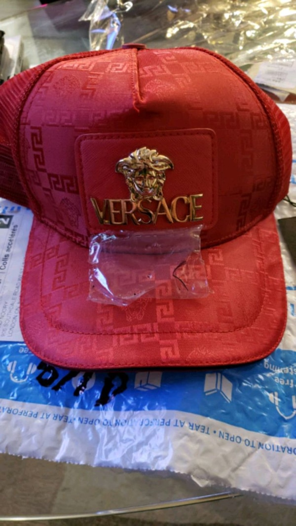 VERSACE HAT RED WITH GOLDEN SIZE XL ITALY NEW 81d14119-26bf-461c-8aa2-c027e9cfe3c6