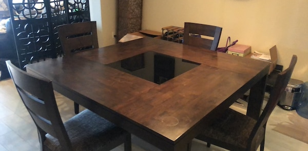 Gebrauchte Moving Must Go Wood Tempered Glass Dining Table W4