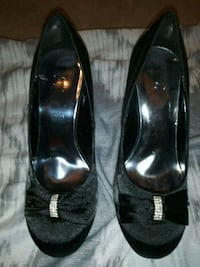 Woman shoes heels size 8