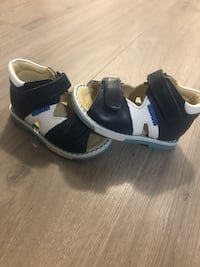 Baby shoes for first walkers , never used and genuine leather shoes Toronto, M2K 1C3