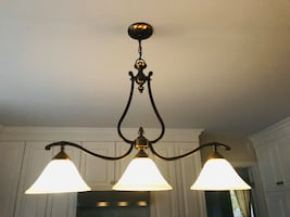 Fixture (kitchen island, dining room)