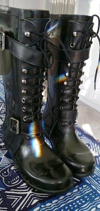 BCBG Willis Rain Boots Pickering