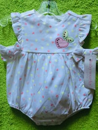 Girl outfit size 6/9 months . Woodbridge, 22191