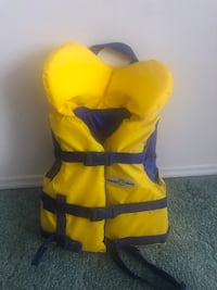 *New* kid safety swimming vest (fit 30-60 pounds)