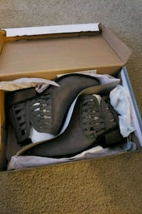Grey ankle boots Pleasant Hill, 94523
