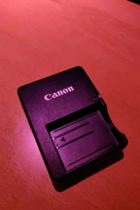 Official Canon LC-E5 battery charger  Toronto, M6N 1G1