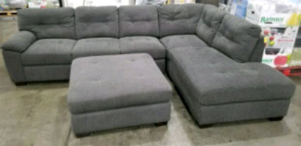 Big Box Outlet Store-3pc  Sectional