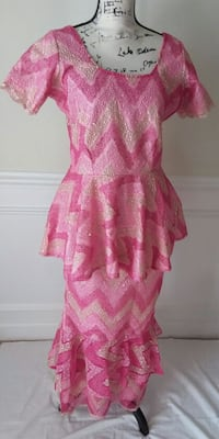 Pre owned silver, light and deep pink lace dress. Monrovia, 21770