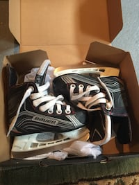 Two Bauer kids hockey skates - size 8 and 9 Rosemère, J7A 4W2