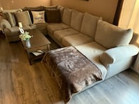 Reymour and Flanigan Very Very comfortable Sectional with throw pillows. Very clean Originally 3600. Asking 2500 NEG New York, 10309