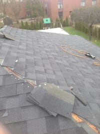 Roof repair, touch ups!! Call  (Phone number hidden by letgo) Toronto