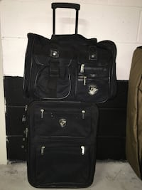 black soft-side luggage Richmond Hill, L4C
