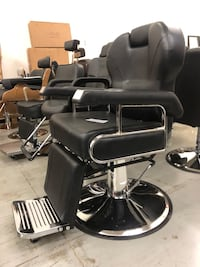 Brand new hydraulic reclining barber hair styling chair Mississauga, L5T 2L4