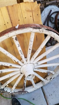 Antique Mining Equipment & Wagon Wheels Las Vegas, 89123