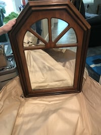 mirror for hallway entrance......$25 SPRINGFIELD