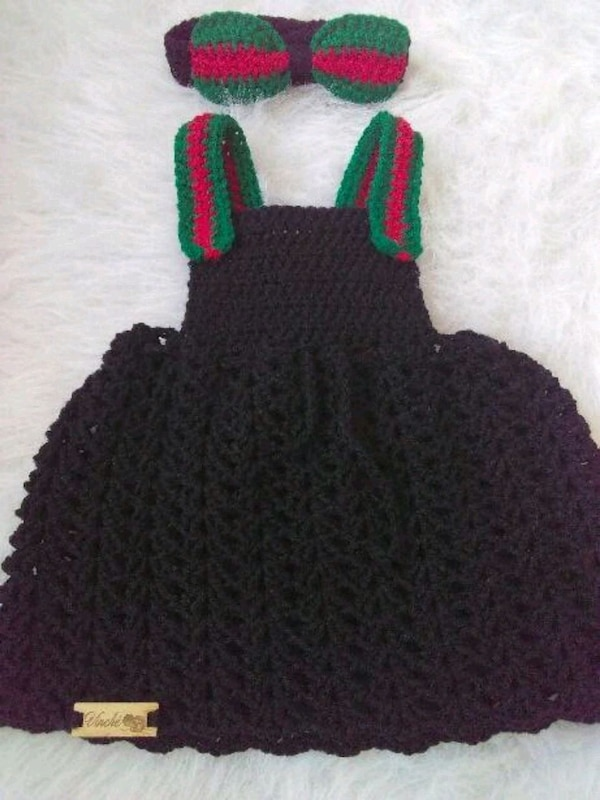 black and green knitted dress