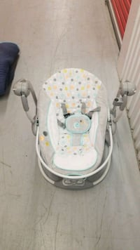 baby's gray and white swing chair Nottingham, 21236