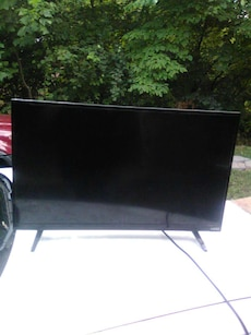 32 flat screen TV