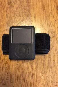 iPod 4gb with workout strap