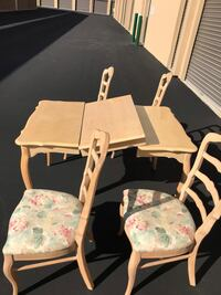 Kitchen table with leaf/4chairs Las Vegas, 89148