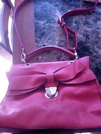 Red purse Pittsburg, 94565