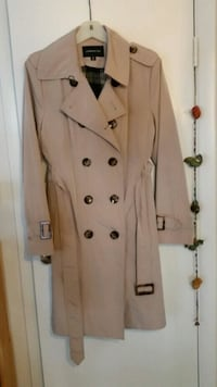 Trench Coat from London For. Alexandria, 22304
